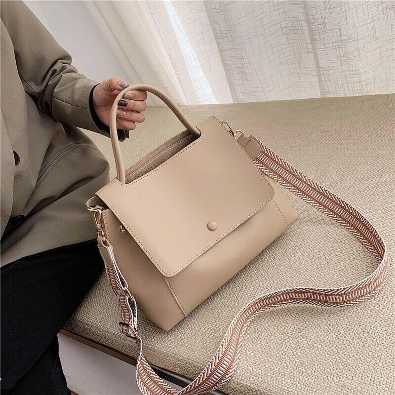 Вместительная сумочка с Алиэкспресс