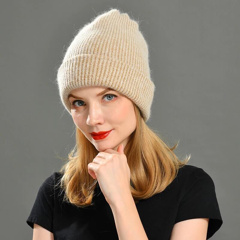 Женская шапка из камемира